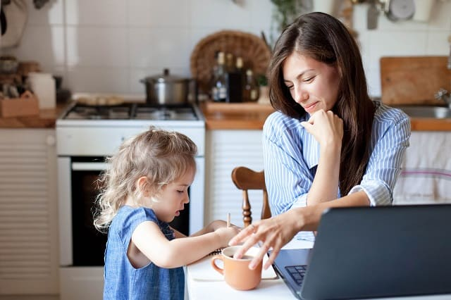 150 Stay at Home Mom Businesses that Pay up To $150,000/Year