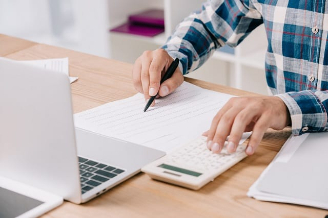 How to Become a Bookkeeper from Home in 6 Simple Steps